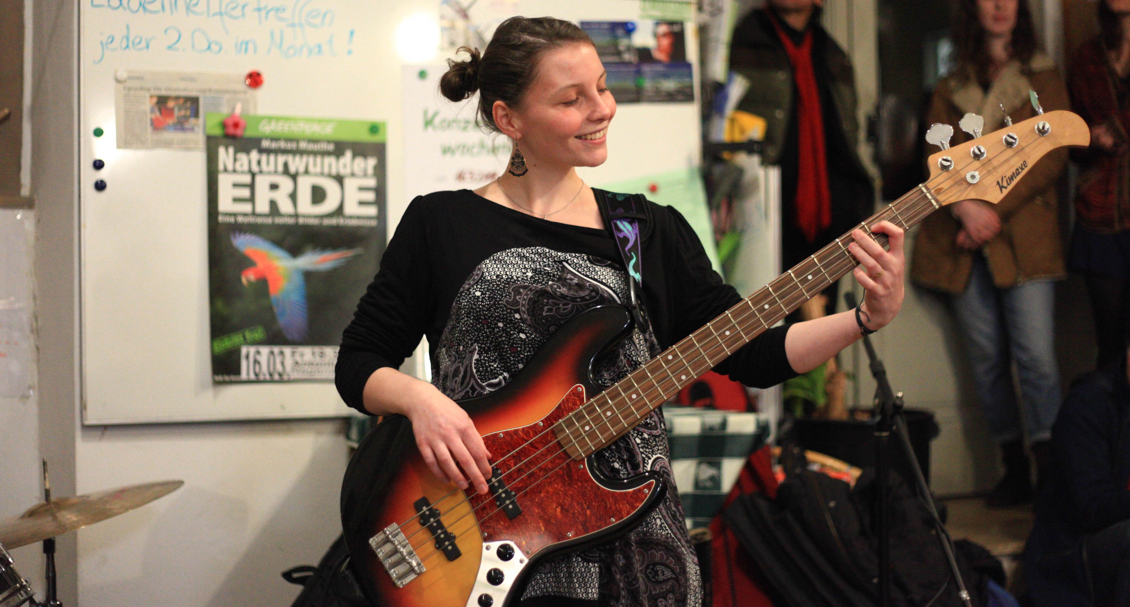 Lea von Ungeschminkt mit Bass